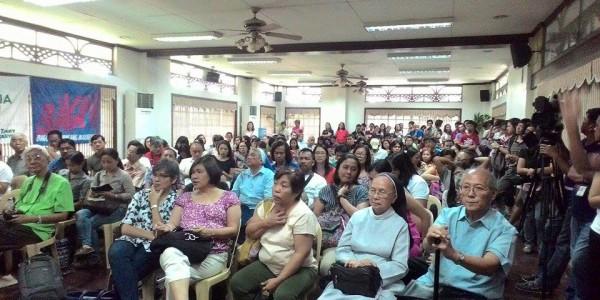 Dinaluhan ng iba't ibang indibiduwal at organisasyon ang pagkukuwento ng mga taga-Kidapawan sa nangyari madugong dispersal sa kanila noong Abril 1. Iya Espiritu